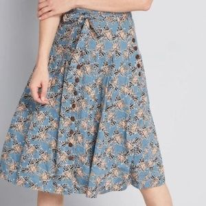 ModCloth Pleated Floral Blue Skirt NWT Never Worn